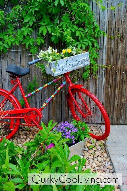 Repurposed Garden Bike Bike Planter Garden Totems Diy 400 x 300