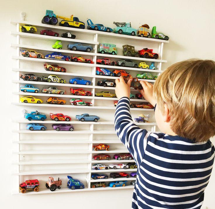 Opberg rek Cars Autootjes, Garage voor Cars & Hotwheels autootjes, rek aan de muur voor autootjes