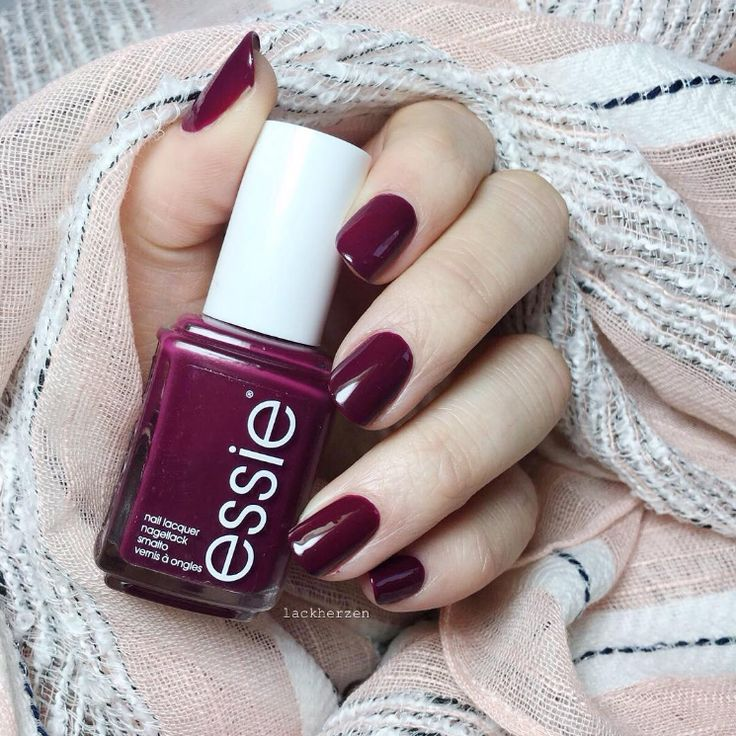 essie 'bahama mama' - it's like fine wine, but for your nails. Right, @lackherzen?|| DBP, Toluene and Formaldehyde free. || For the full essie range, head to: www.essie.com.au