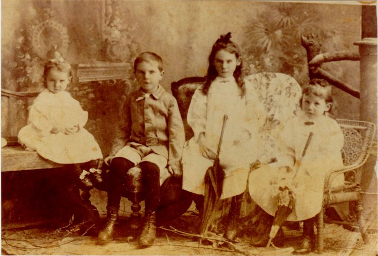 Children of Charles ( son of old T.A.) & Isabel Maude Mathews. L. to R. Ruby, Leslie, Ivy & Emily Mathews.