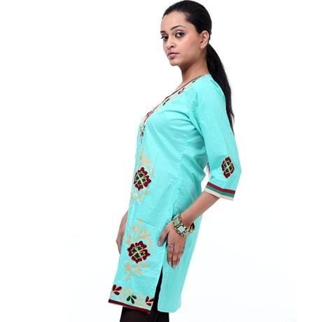 Shree #kurti with #kashmiri #embroidery on front