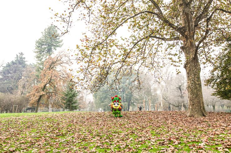 """""""Just like Central Park in New York, Hyde Park in London and Tiergarten in Berlin, you can't miss Parco Sempione in Milan, especially on Sundays!"""" #Foody #Expo2015 #Milano #Italy"""