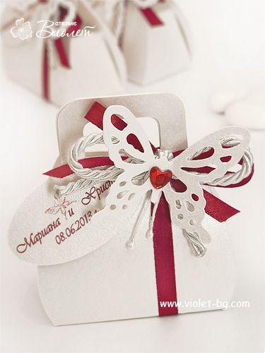 Butterfly burgundy wedding favor box from www.violet-bg.com