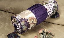 Elegant neckroll pillow - free pattern and instructions.  This one could really be embellished to dress it up or down.