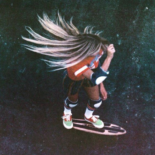 s k a t e // sun is shining get out there! #vickyvickers #skate #skater #skatelife #70s #austinbasics #mixedbusiness #gouldstreet #bondi #bondibeach #bondibeachsydney #fashion #art #food #supportlocal #sunshine by austin_basics http://ift.tt/1KBxVYg