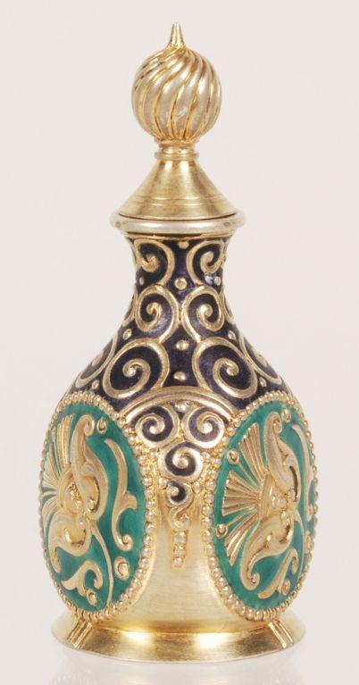 Fabergé. Enamel Gum Pot. Silver gilt and pan-Slavic style cloisonné. 1908 – 1917. Moscow, #Russia.