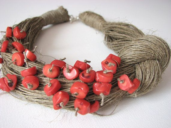 NatuRal ReD coRaL - BIG linen necklace