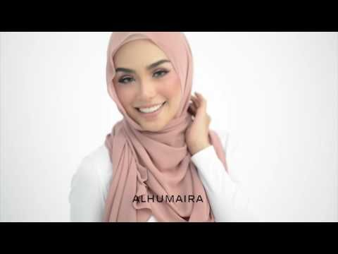 BASIC ESSENTIAL PLAIN SHAWL Styling Tutorial Style 4 - YouTube
