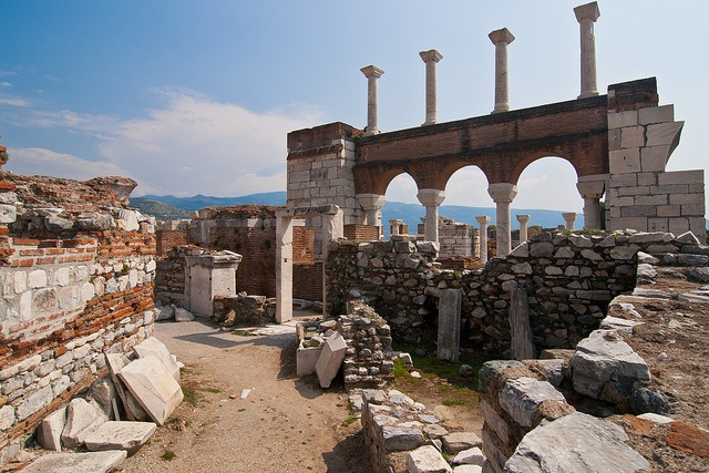 Basilica of St. John the Apostle in Ephesus, Turkey - Constructed byJustinian Iin the 6th century, it stands over the believed burial site of St.John the Apostle. It was modeled after the now lostChurch of the Holy ApostlesinConstantinople. The basilica sits on the slopes of Ayasoluk Hill near the center ofSelçuk,İzmir Province, about 3.5km from Ephesus.