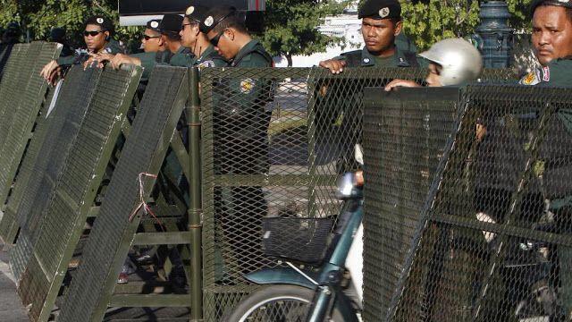 Hun Sen sounds warning as democracy fails in Cambodia