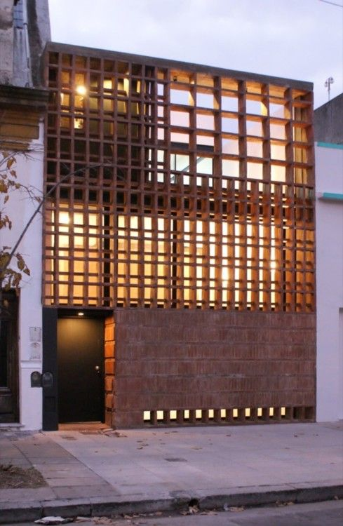 Casa de Ladrillos / Ventura Virzi arquitectos SONY DSC: De Ladrillo, Virzi Arquitecto, Modern Architecture, Architecture Idea, House, Woods Architecture, Bricks House, Ventura Virzi, Good Air