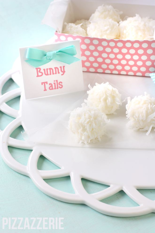 Love these bunny tails!  How cute!!!  Also includes Easter basket cookies, cinnabunnies and other Easter crafts and DIY projects.