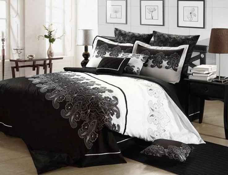 Black-and-white-ombre-8-piece-comforter-set