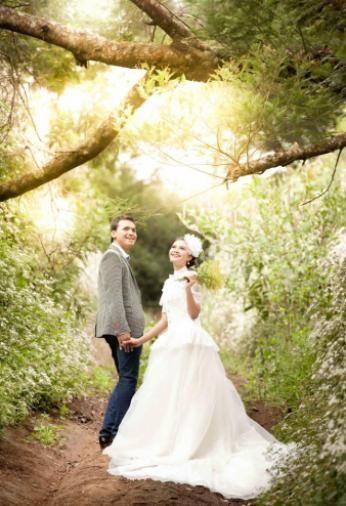 Donni & Raisa by Seoul Gallery #mountbromo #indonesia #prewedding #weddingphotography  #photography #photoshoot  #wedding #weddingideas #weddinginspirations #weddingconcept #weddingstyle #love