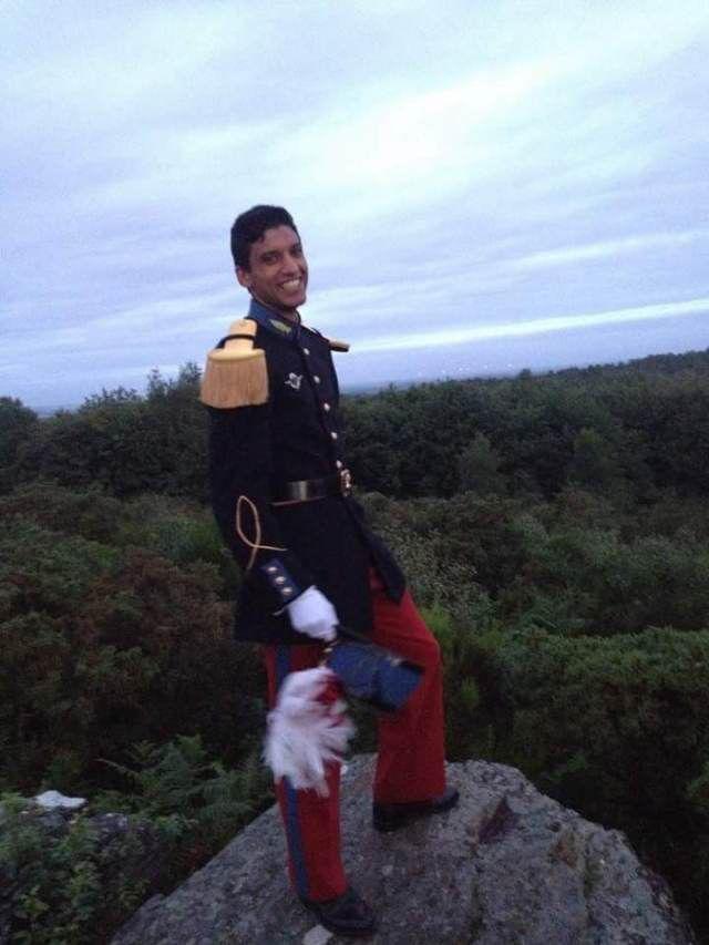 La famille d'un élève de la prestigieuse école militaire retrouvé mort en février 2016 lors d'un camp d'entraînement dénonce une enquête bâclée. De nombreuses zones d'ombre entourent le suicide du jeune homme âgé de 22 ans.