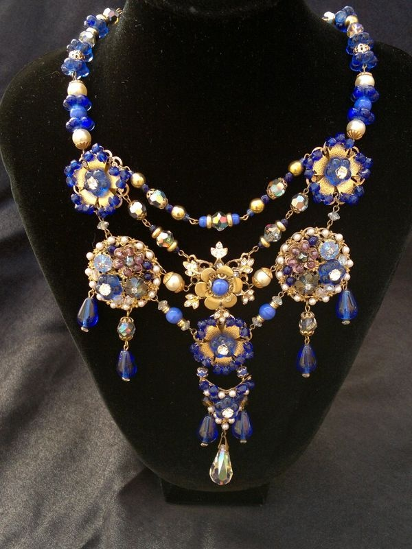 112 best jewels vintage costume jewelry images on pinterest fantastic cobalt blue and pearls miriam haskell old necklace mozeypictures Images