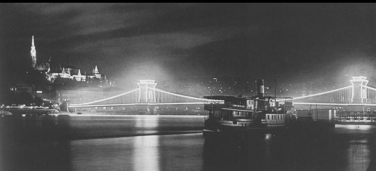 Chain Bridge -1938 - Budapest