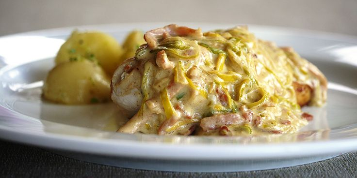Chicken Fillet with Leek & Bacon Sauce - the leek and bacon sauce can also be tossed through spaghetti for a cheap & easy weekday meal
