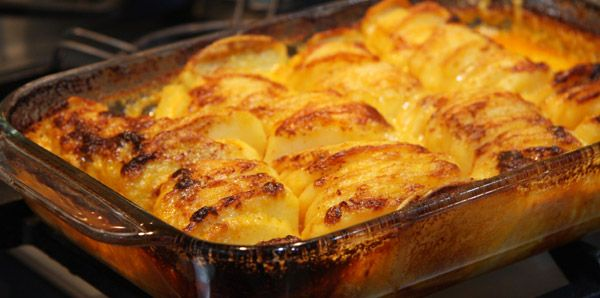 Yummy cheesy Mexican potato bake