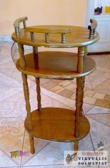 Fiókos asztalka virág, vagy szobor tartónak