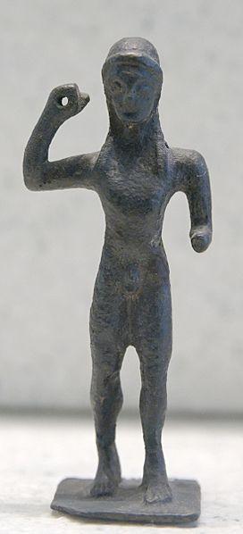 Lanceur de Javelot - 3ème quart du VIème siècle avant JC - provenance Sanctuaire d'Apollon - Laconie (région Sparte) - Le Louvre Paris