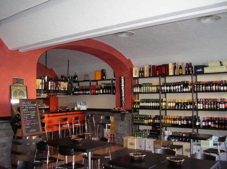 Enoteca Nero Corvino designed by Intersystem