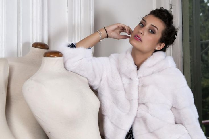 Borello 1922 Collezione 2015-2016 #fur #white #coat