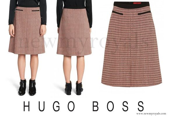 Danish Crown princess Mary wore HUGO BOSS Rinelle Cotton A-Line Skirt. newmyroyals.com