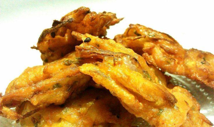 Pyaz Pakora/ Kanda Bhaji ( Onion fritters) : http://secretindianrecipe.com/recipe/pyaz-pakora-kanda-bhaji-onion-fritters