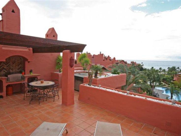 Exklusives Duplex Penthouse zu verkaufen, 3 Schlafzimmer, 3 Bäder, direkt am Strand, Meerblick, Objekt Nr. 1107, Neue Goldene Meile Estepona, Marbella West, Costa del Sol, Spanien.