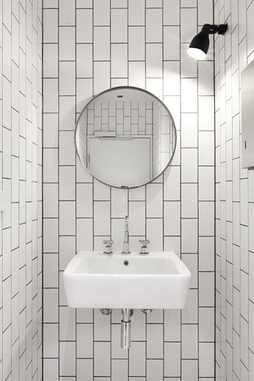 vertical running bond subway tile.  clare cousins architects.