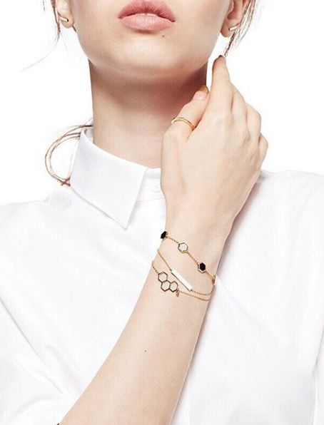 Play by your own rules in modern gold jewellery. Mix it up with our Birks Bee Chic and Les Plaisirs De Birks collections. Bee colonies are experiencing a global decline due to parasites, pesticides, viruses and environmental changes. In partnership with Alvéole, the Birks for Bees campaign supports the preservation and protection of honey bees.