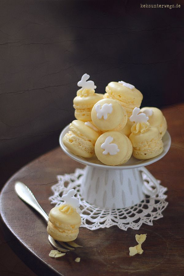 Macarons with Advocaat Ganache Filling   +++keksunterwegs.de+++