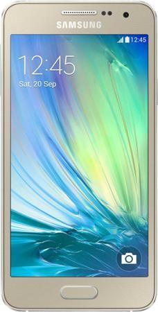 Samsung Galaxy A3 LTE Duos SM-A300F (золотистый)  — 20590 руб. —  МЕТАЛЛИЧЕСКИЙ СМАРТФОН В ЦВЕТНОМ КОРПУСЕ  Galaxy A3 – первый смартфон Samsung с металлическим корпусом, который отличается роскошным инновационным дизайном и великолепным 4,5-дюймовым sAMOLED экраном. Ощущение настоящего металла особенно чувствуется, когда вы держите в руке этот смартфон. Шесть цветов на выбор означают, что вы сможете подобрать модель Samsung Galaxy A3, наиболее точно отвечающую вашему вкусу и стилю. РЕЖИМ…