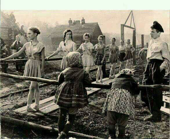 Ballet class in a destroyed russian town during the wwii for Cities destroyed in ww2