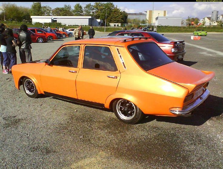Renault 12 bajo, naranja 1