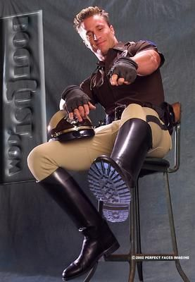 Not a word, He just can point His boots with this grin full of satisfaction, fun and power and i will immediately understand what to do and do it immediately as well.