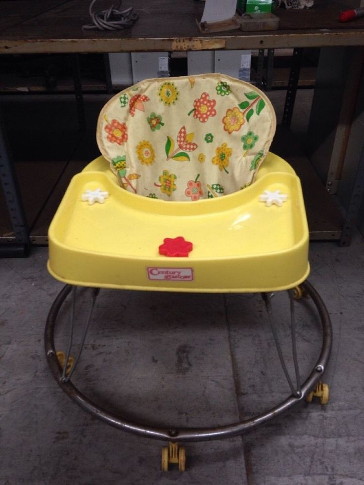 Century Hoopla Coupe Baby Walker Vintage