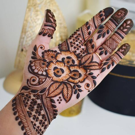 how to draw henna designs on paper step by step