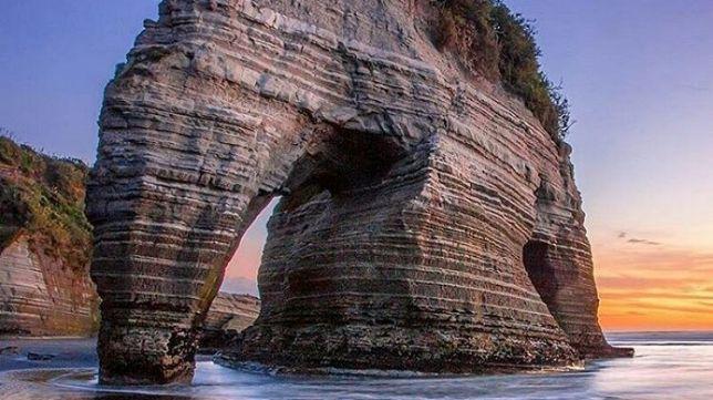 Roca Elefante de Tongaporutu (Nueva Zelanda)