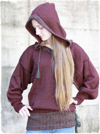Capi #abbigliamentoartigianale unici al mondo: #maglioni #bolero #vestiti #gonne #poncho in #tessutinaturali ( #cotone o #alpaca ) #modaetnica #modagiovane #modaattuale #modainvernale #moda2016 #Autunno #modaautunno  #Cappuccio #rosso