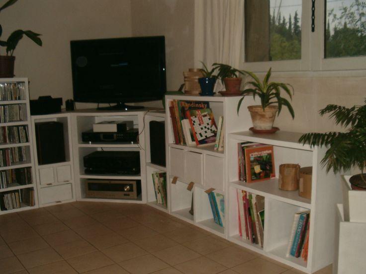 1000 id es sur le th me meuble tv angle sur pinterest meuble tv bas meuble - Meuble tele enceinte ...