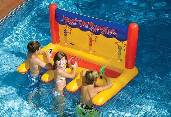 Arcade Shooter Inflatable Swimming Pool Float With 3 Squirt Guns