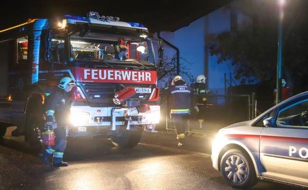 Ein Verletzter bei Wohnungsbrand in Wels-Neustadt