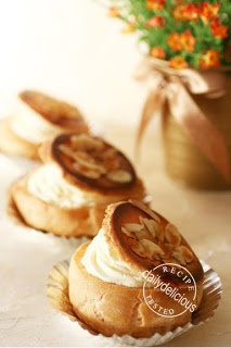 Japanese Choux Cream Variation: Caramel Top Choux Cream - bjl