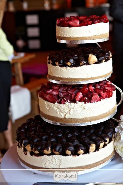 This Wedding Cheesecake looks AMAZING