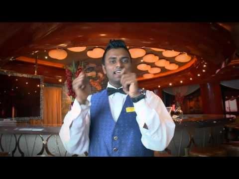Los nuestros nos hacen diferentes... Abhishele K. (India) - Camarero