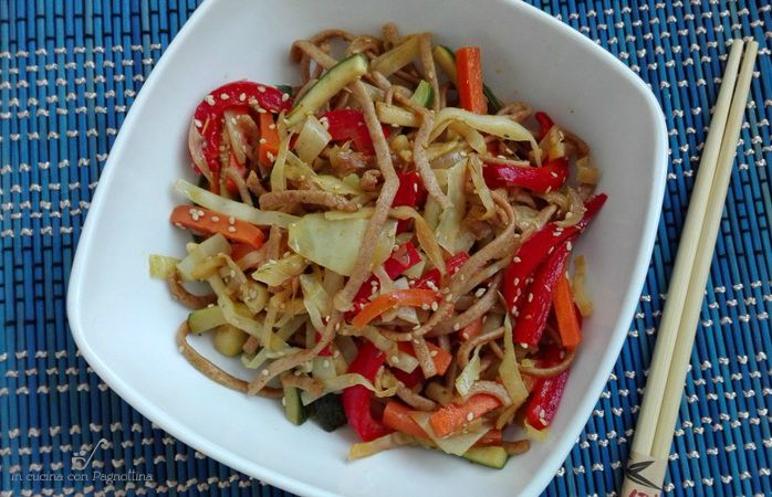 Noodles con verdure saltate #philipsincucina #pastamaker