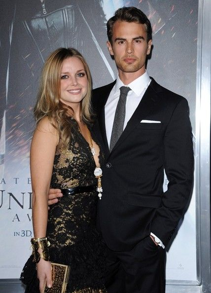 Family photo of the actor, dating Ruth Kearney, famous for Divergent & Underworld: Awakening.