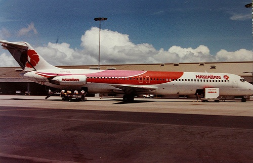 Hawaiian Airlines DC-9 Series 50 - taken at Honolulu International Airport, late 1980s.